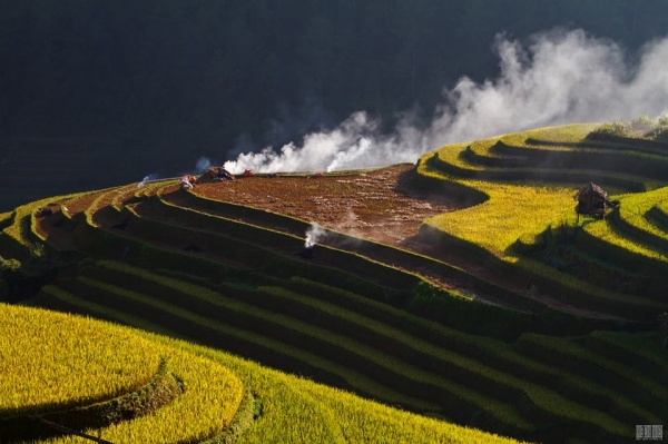 Description: mu cang chai